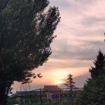 Serein——夕阳西下,干净的天空中有细微的雨滴飘落